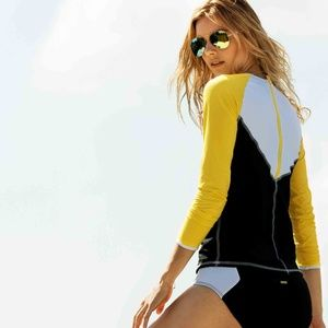 Alala zip back long sleeve